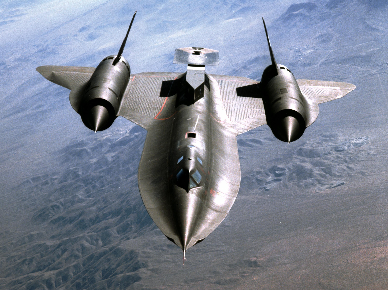 SR-71-Blackbird-USA-dengan-kecepatan-3x-suara