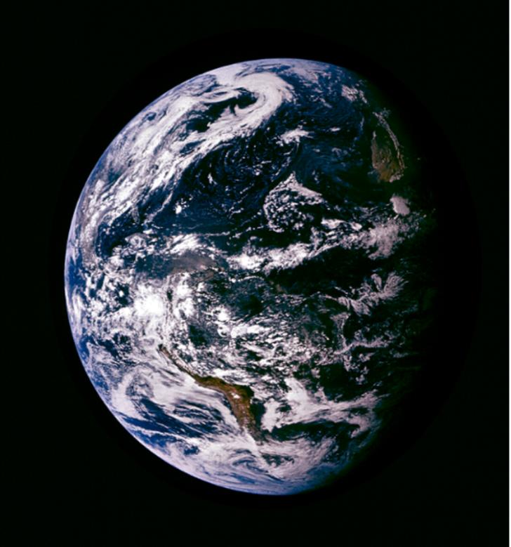foto-palsu-bumi-dari-nassa-apollo-15