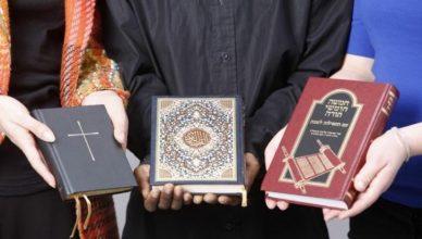 Kitab Suci VS Sains Modern