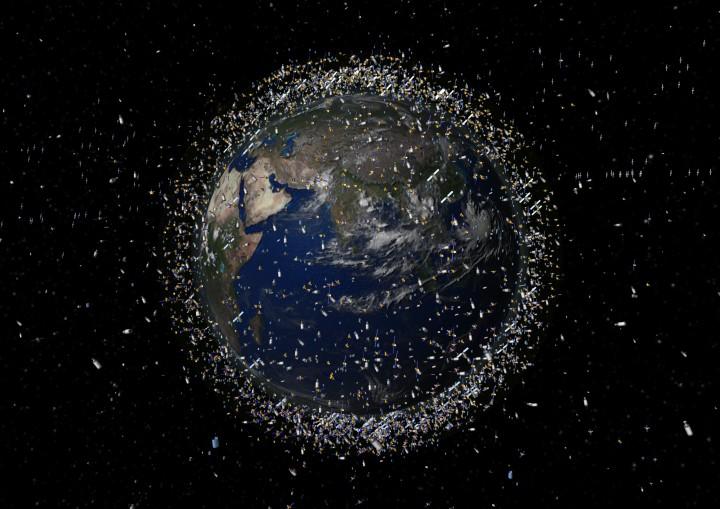 13000-satelite-tanpa-tabrakan-hoax