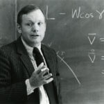 neil-armstrong-dies-conspiracy-theorists